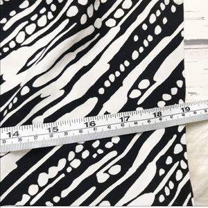The Limited Skirts - The Limited Black White Printed A-line Skirt 0293